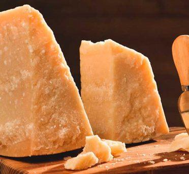 Parmigiano Reggiano di Bruna Alpina DOP Vendita online