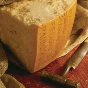 Parmigiano Reggiano Prodotto di Montagna DOP – 34 mesi – 1 Kg